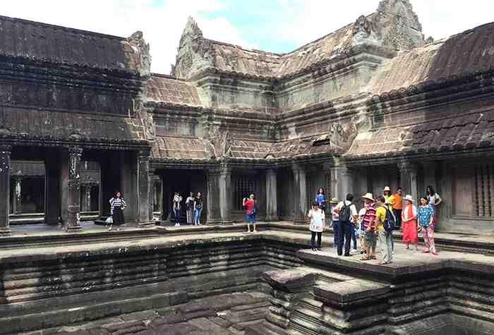 Biking Angkor Wat 5 days