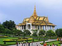 Taste of Phnom Penh and Angor 4 days